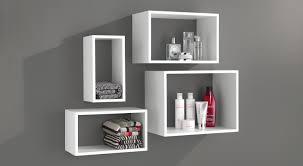 wandregal badezimmer wandregale weiß hochglanz seidenmatt regalraum
