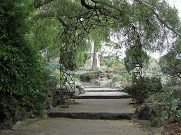 Botanical Gardens Melbourne In The Royal Botanic Gardens Melbourne There Is A Place To Pay