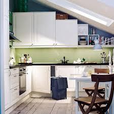 küche in dachschräge 16 praktische wohnideen für ihre dachschräge