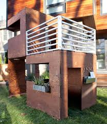 Backyard Play Houses by 55 Best Outdoor Playhouses Images On Pinterest Playhouse Ideas