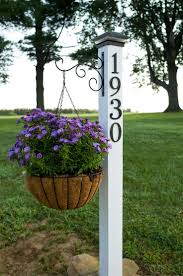 best 25 farmhouse landscaping ideas on pinterest farmhouse