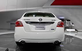 nissan altima 2013 tire specs 2013 nissan altima first look 2012 new york auto show motor trend