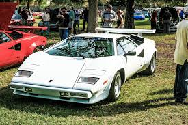 crashed lamborghini countach car picker white lamborghini countach