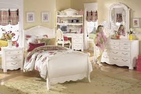 Room Store Bedroom Furniture Pottery Barn Childrens Bedroom Furniture For Small Rooms