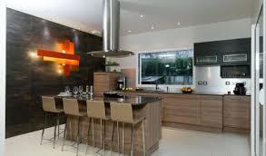 cuisine noir laqué plan de travail bois cuisine aménagée réalisations ermont