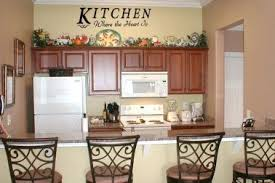 inexpensive kitchen wall decorating ideas 3 country wall decorating ideas country wall decor ideas