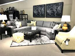ashley cresson sectional with 9 pillows and over sized accent
