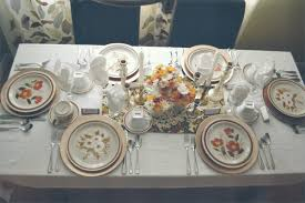 ten tables of thanksgiving retro thanksgiving dinner from