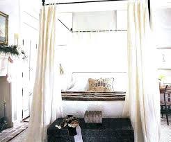 chambre lit baldaquin baldaquin pour lit kit a faire extension baldaquin chambre moderne