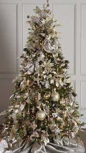 Christmas Tree With Gold Decorations Gold Cream And Champagne Themed Christmas Tree Works Perfectly In