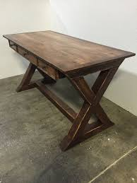 Build Simple Wood Desk by Best 25 Farmhouse Desk Ideas On Pinterest Farmhouse Office