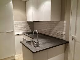 beton ciré pour plan de travail cuisine cuisine plan travail beton cire et credence faience metro brok n