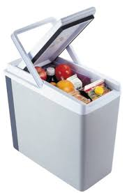 yolandas hair cit from house wifs of baberlyhills amazoncom 12v mini fridge 4 litre silver mini travel fridge