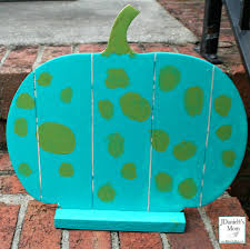 teal pumpkin project that is for easy families to spot