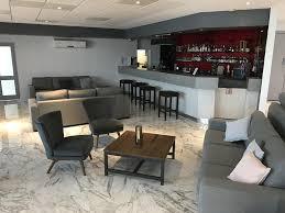 hotel country comfort hunts liverpool australia booking com