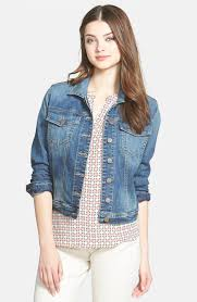 importance of wearing stylish denim vest for women acetshirt