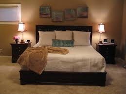 Master Bedroom Wall Finishes Bedroom Master Bedroom Wall Decor Displaying With Calming Accent