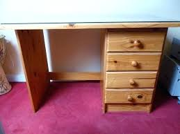 bureau a peindre bureau en pin bureau pin massif h p l 4 occasion bureau en pin brut