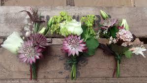 wedding flowers buttonholes 1e688c0bcdcd3cf22a6c33c3cc3e5477 jpg 4157 2348 floral