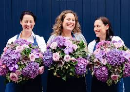 flower delivery london luxury flowers delivery our fabulous bouquet with luxury flowers