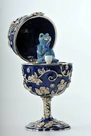 244 best faberge ei images on pinterest faberge eggs trinket