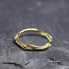 original wedding ring yellow gold 18 kilates wedding band simple and original wedding