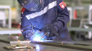 Cool Welding Pictures Man Welder Welds The Parts Of The Structure In Slow Motion Guy In