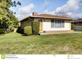house exterior one story small house stock photography image