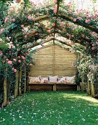 Create Privacy In Backyard by 30 Ways To Incorporate Roses Into Your Backyard