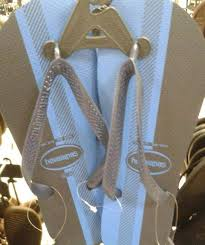 optical illusion dress the dress is back are these flip flops black and blue style