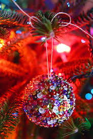 Christmas Lights In A Vase Caught On A Whim Diy Sequin Sparkles Ornament