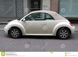 volkswagen new beetle yellow volkswagen new beetle editorial photo image 51752411