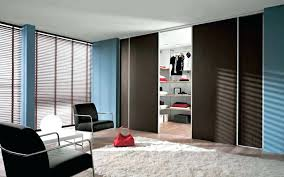 Space Saving Closet Doors Walk In Closet Doors Sliding Doors Space Saving Walk In Closets