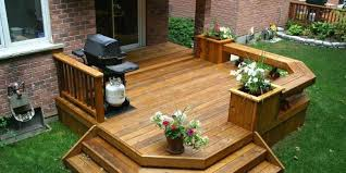 Build Deck Bench Seating Built In Seating Deck Bench With Double Planters Built In