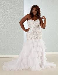 plus size wedding dress designers tips for purchasing a plus size designer wedding gown online the