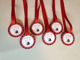 Diy Bowling Favors by Reptile Birthday Theme M And M Favors Personalized