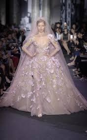 robe de mariã e haute couture 12 robes de mariée haute couture époustouflantes pour l automne