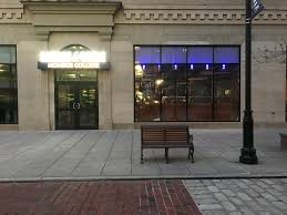 When Does Barnes And Nobles Open Monroe College Opens Barnes U0026 Noble Bookstore With Starbucks