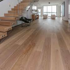 Light Colored Laminate Flooring White Oak Vonderosa Wide Plank Flooring Nh Vt Maine