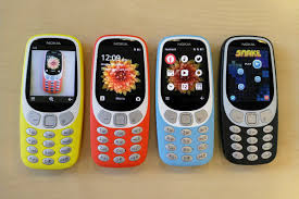 imagenes fotos retro the retro nokia 3310 now comes with 3g and works in the us the verge