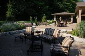 Dry Laid Flagstone Patio Natural Flagstone Used To Create Great Landscape Designs