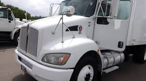 heavy duty kenworth trucks for sale 2010 kenworth t370 18 u0027 box truck diesel automatic walk ramp