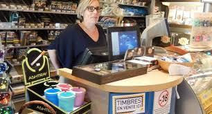 timbre bureau de tabac le braqueur du bureau de tabac mis en fuite par une bombe anti
