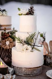 christmas wedding cakes pine cone wedding cake ideas trendy magazine
