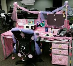 Office Desk Prank Office Cubicle Prank Pretty Princess Desk Office