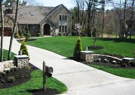 beautiful driveway landscaping ideas 1000 images about driveway