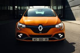 100 renault yeni renault unveils restyled clio rs 200 edc