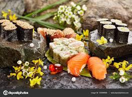 jeu de cuisine sushi jeu de sushi japonais photographie ryzhkov86 142959559