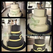 half traditional half batman wedding cake with minnie u0026 mickey