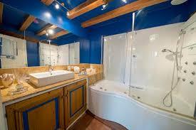 chambre beauvais salle de bain chambre chantilly picture of l echappee